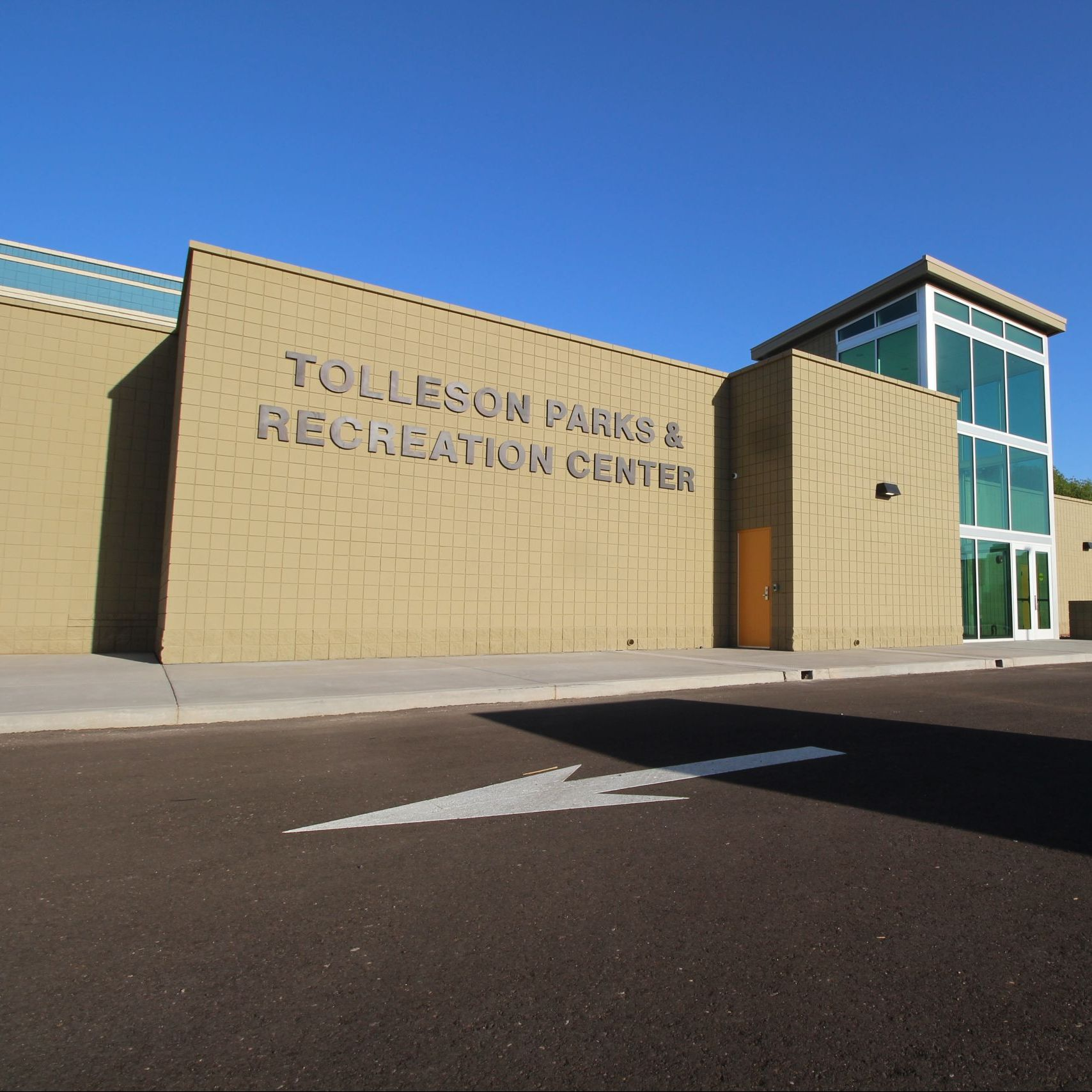 Front of Tolleson Rec